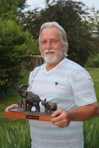 Denny Bingaman with Elephant (1)